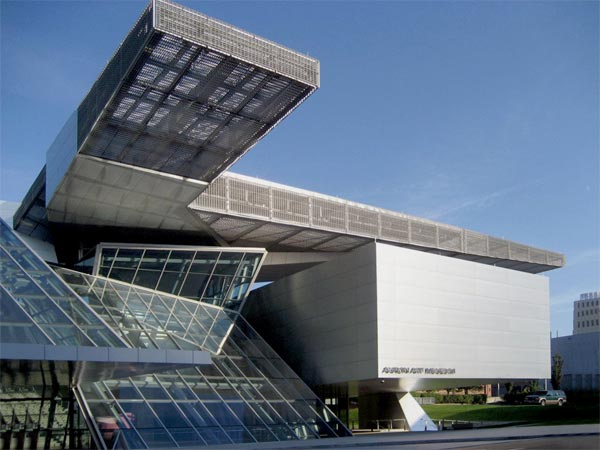 Bmw Columbus Ohio >> A HISTORY OF ARCHITECTURE - DECONSTRUCTIONISM